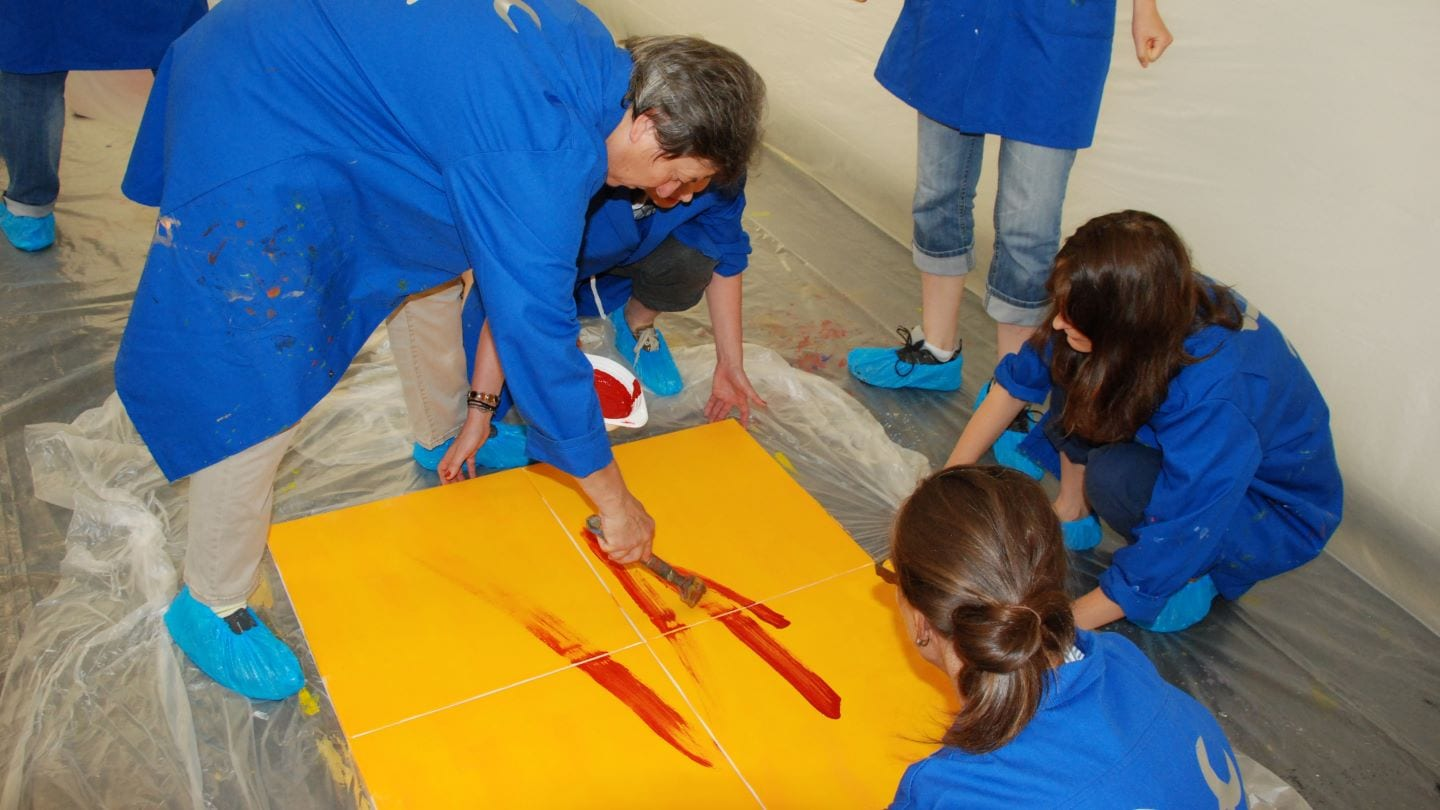 Action painting - Team event | MICE Service Group ...